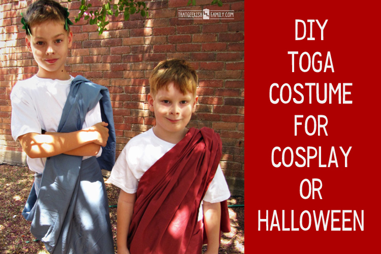 Need an idea for halloween or cosplay? Working with a homeschool group who wants to do a cosplay? Try this easy DIY Toga Costume. You just might have everything you need already!
