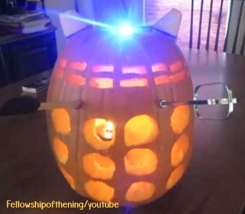 Don't let pumpkin carving season be stressful. Here are some easy DIY, geeky pumpkin carving ideas! Dalek / Doctor Who Carved Pumpkin