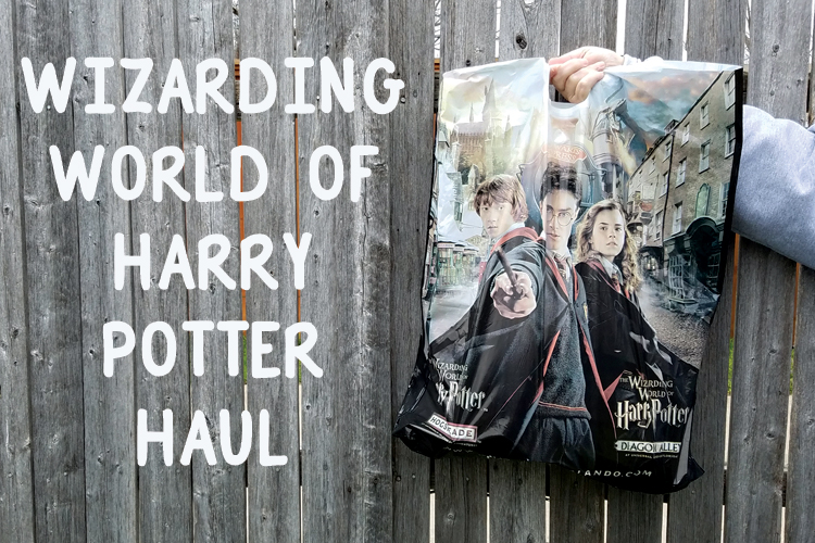 Going to Universal Orlando to for a Wizarding World of Harry Potter vacation? Check out our Harry Potter haul and prepare yourselves for fun!